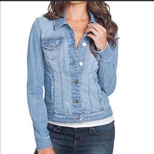 Guess Light Wash Jean Jacket size XS